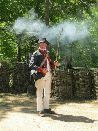 Yorktown Victory Center: firing a musket