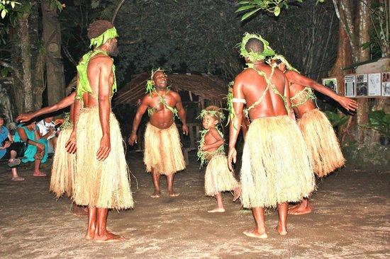 Hideaway Island Resort & Marine Sanctuary: Secret Garden Melanesian Cultural night (Kava is good!)