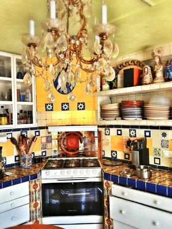 Casa Cinco Patios: Los platillos son servidos en talavera, el mejor sabor, con orgullo.