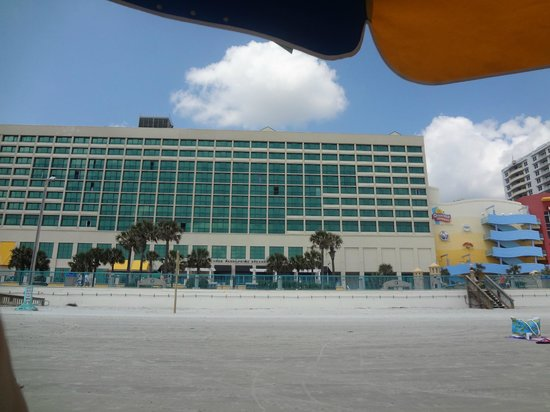 Hilton Daytona Beach / Ocean Walk Village: North Tower and Shoppes
