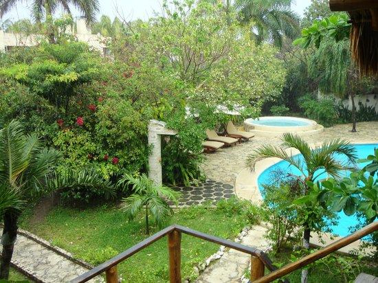 Na Balam Beach Hotel: Pool Area