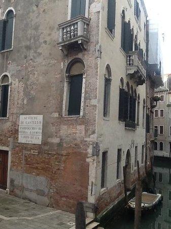 Residence Ca' Foscolo: fantasically renovated inside