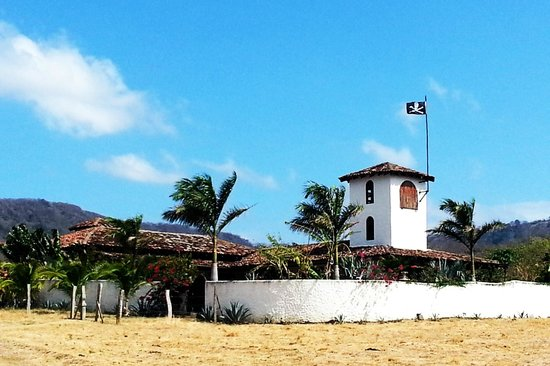 Rancho Chilamate Adventures on Horseback : The pirate castle!
