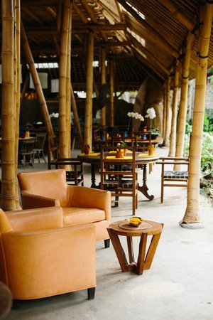 Bambu indah afrika house interior bambu indah dapoer restaurant
