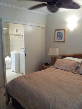 Marlin Waters Beachfront Apartments: Bedroom