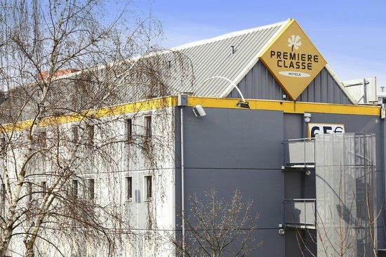Premiere Classe Montreuil: Exterior view