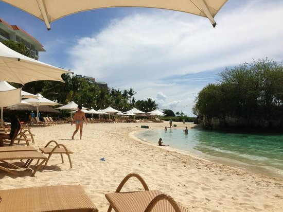 Shangri-La's Mactan Resort & Spa: 6