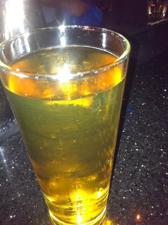 The Great Gatsby: The flattest most disgusting lager EVER!