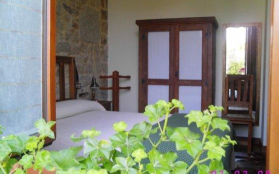 Hotel Rústico Teixoeira: Hotel Rural en Galicia en Rias Baixas Habitación planta baja