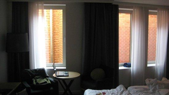 Park Inn by Radisson Antwerpen: Room 33 view.