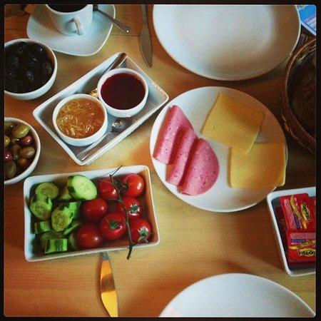 Peradays: Petit déjeuner / breakfast