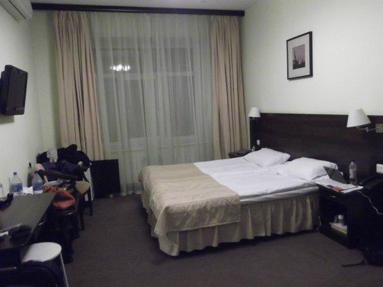M-Hotel: в общем