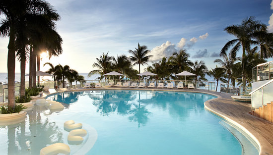 Movenpick Hotel Mactan Island Cebu: Swimming pool