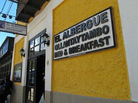 El Albergue Ollantaytambo: Signage