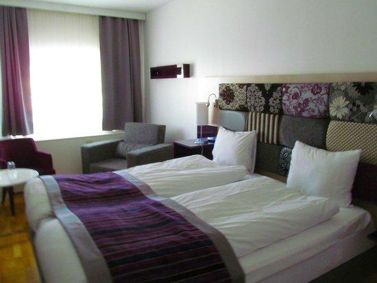 Ibis Styles Stockholm Jarva : Comfortable bedroom