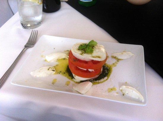 Don Chisciotte: Caprese Mozzarella & Tomato salad