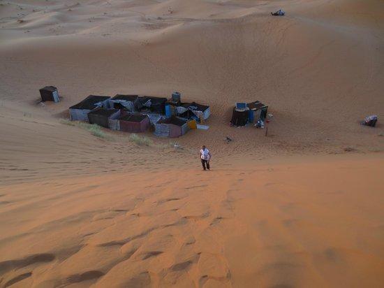 Hotel Kasbah Mohayut: camp dans les dunes