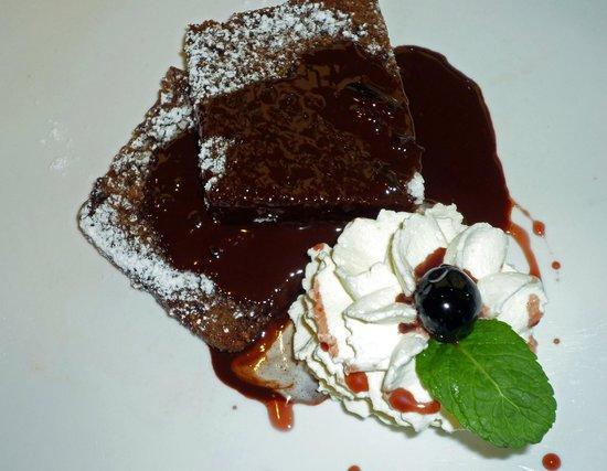 MARIO Pasta-Grill-Bar : Mario - Warmer Schokokuchen