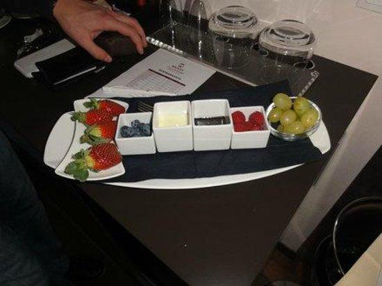 Maiers Kuschelhotel Loipersdorf Deluxe: Früchte mit Schokolade