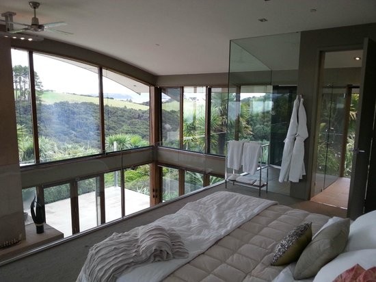 Eagles Nest: View of bathroom from bedroom