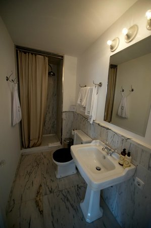 Casa Oliver Principe Real : bathroom