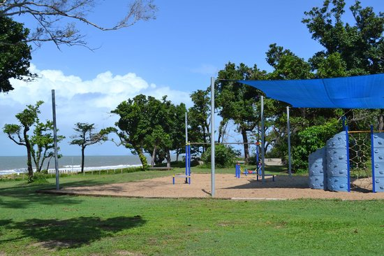 Dunk Island Holidays: Dunk Island View Caravan Park: 2018 Prices & Reviews