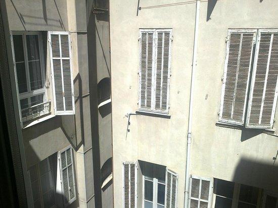 Hôtel Amirauté : vue magnifique n'est ce pas