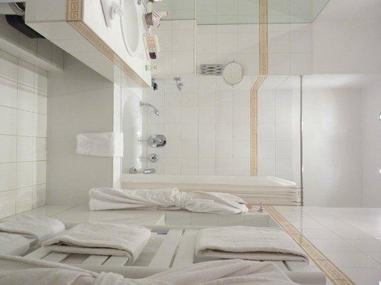 JAYS PARIS - Bathroom