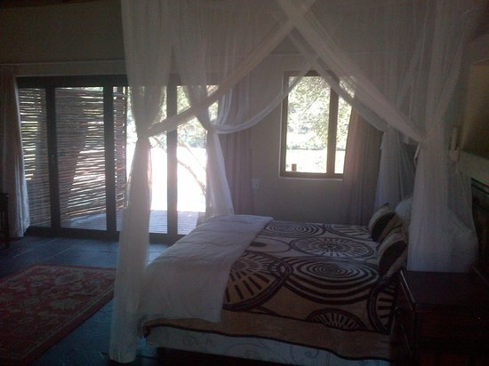 Bushriver Lodge: Bedrooms are spacious