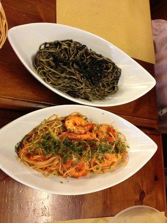 Ristorante Da Poggi: inkfish and spicy tomato shirmp pasta