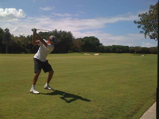 Hard Rock Golf Club: Al green :))