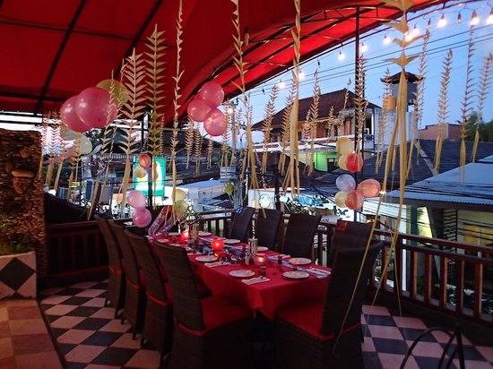 La Monde Restaurant Party Decorations Done By Skippy Team
