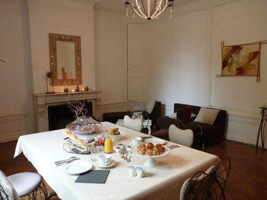 Manoir Tourieux: petit déjeuner