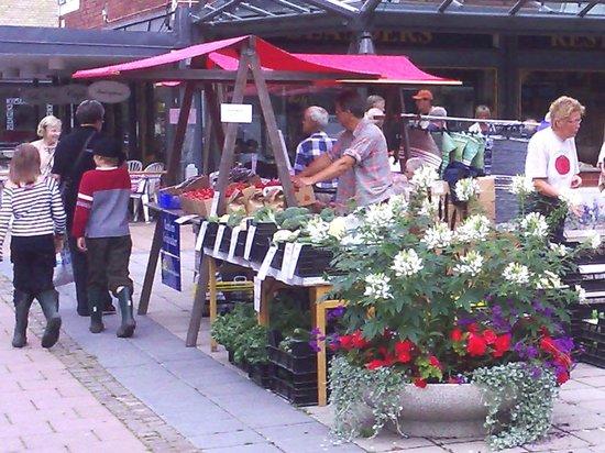 Olanders Cafe och Kok : Marknad vid Olanders på Odentorget