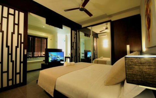 Domaine des Alizees Club & Spa by Evaco Holiday Resorts: Master bedroom
