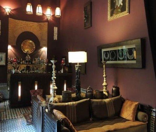 Riad Le Calife: Le bar ambiance jazzy