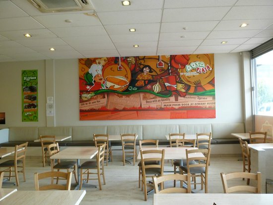 Dosa Plaza: We were one of the first customers in the morning !