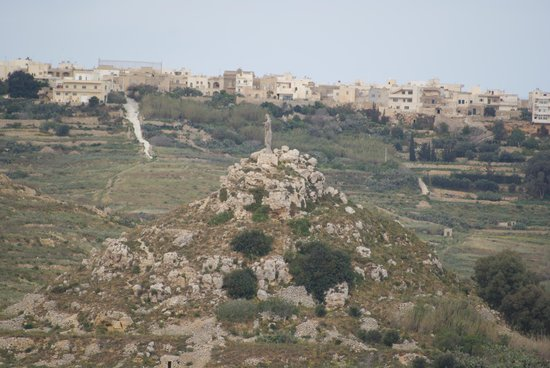 Pergola Farmhouses Gozo: The view from the rear