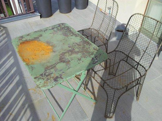 Hostellerie du Chateau de La Pomarede: Table de la terrasse ....