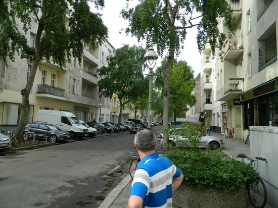 GOLD INN Alfa Hotel: Alfa hotel street view