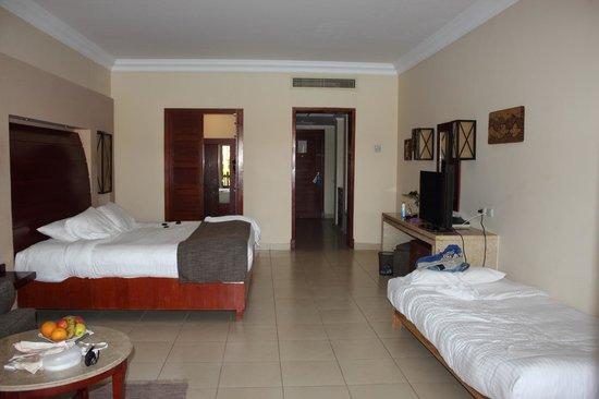 Coral Sea Holiday Village: Room layout
