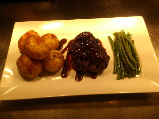 The Foresters Arms: fillet steak night every Thursday.