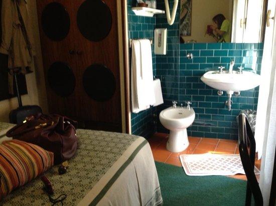 London Hotel: camera con vista bagno ;)