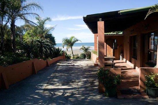 Umzimvubu Retreat: Front Entrance