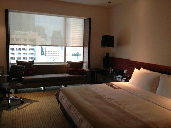 โรงแรมเลอ เมอริเดียน กรุงเทพ: 部屋の入り口から