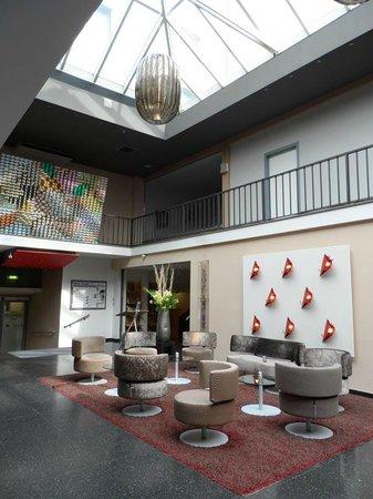 Hotel Viennart am Museumsquartier: Main lobby