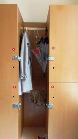 Barmy Badger Backpackers: Personal Locker in 4 person dorm