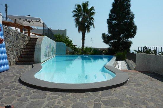 Residence La Villetta: La piscina