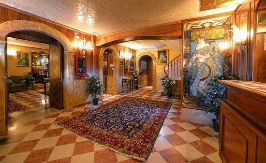 Antico Panada : Hall