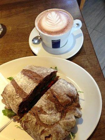 Cafe Express: Skinny decaf mocha & hummus sandwich